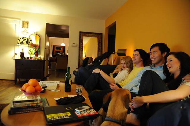 family watching tv photo thanks to Wonderland Flickr