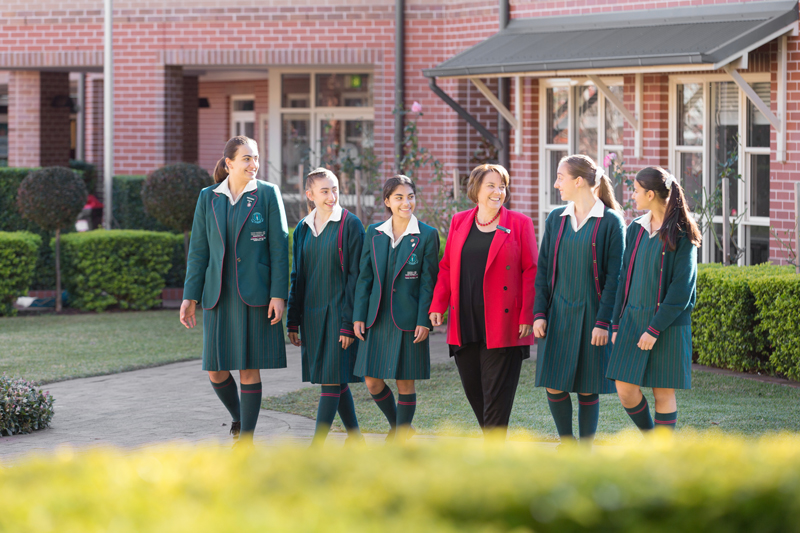 Principal Mrs Maryanne Davis with Senior students 2019